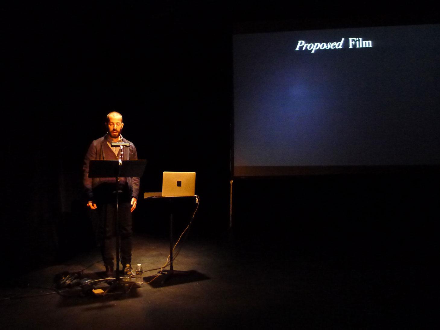"""""""Unmade Film: The Proposal"""", conférence-performance, Uriel Orlow. Les Laboratoires d'Aubervilliers, 19 mai 2015 Photo Érik Bullot"""